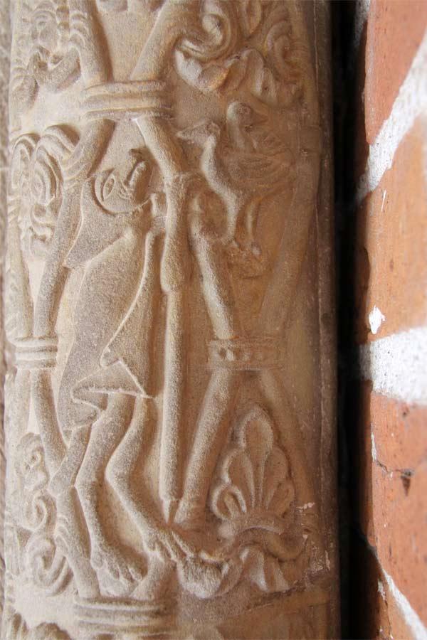 Konservierung mittelalterlicher Putze - Kloster Jerichow - Kirchenportal