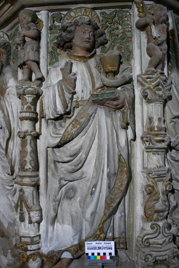 Restaurierung der Renaissancekanzel - Figurenschmuck Vorzustand - Dom Halle (Saale)