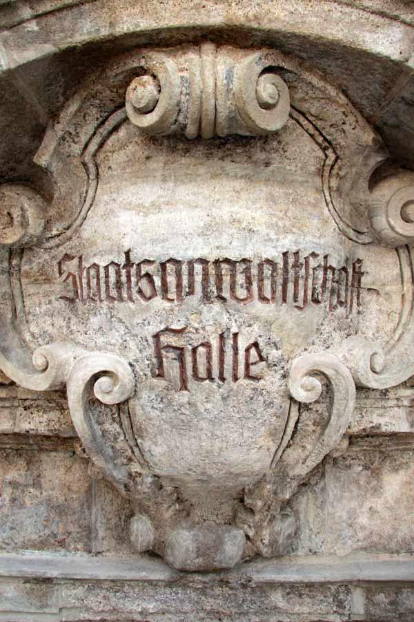Retuschen - Kalksteinportal Landesdenkmalamt Halle (Saale)