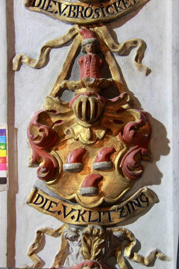 Freilegung und Restaurierung eines Wappens der Ahnenprobe - Dorfkirche Groß Glienicke
