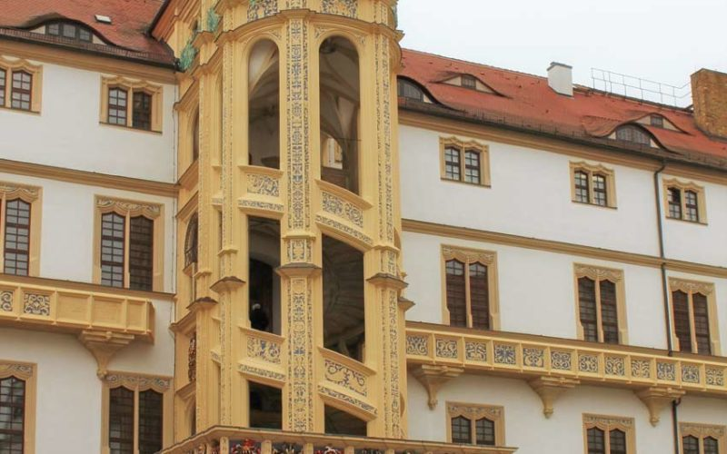 Rekonstruktion historischer Wappenfassungen - Schloss Hartenfels