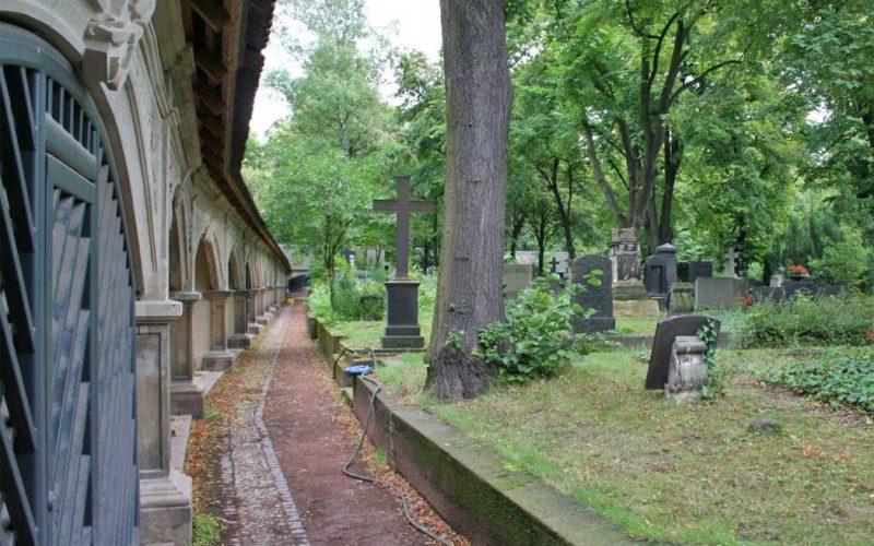 Restaurierung von acht spätmittelalterlichen Sandsteinepitaphen - Renaissancefriedhof - Stadtgottesacker Halle (Saale)