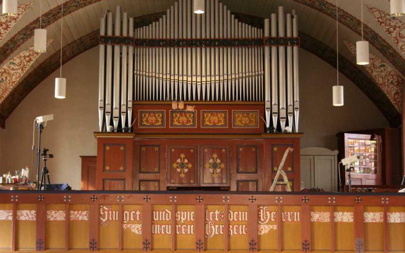 Rekonstruktion der historischen Fassung an Kanzel und Orgelprospekt - Stadtkirche Teltow