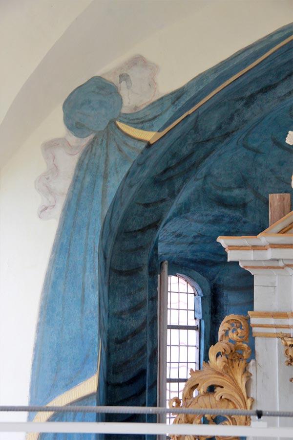 Detailansichten der Apsismalerei während der Restaurierung - Dorfkirche Altenklitsche