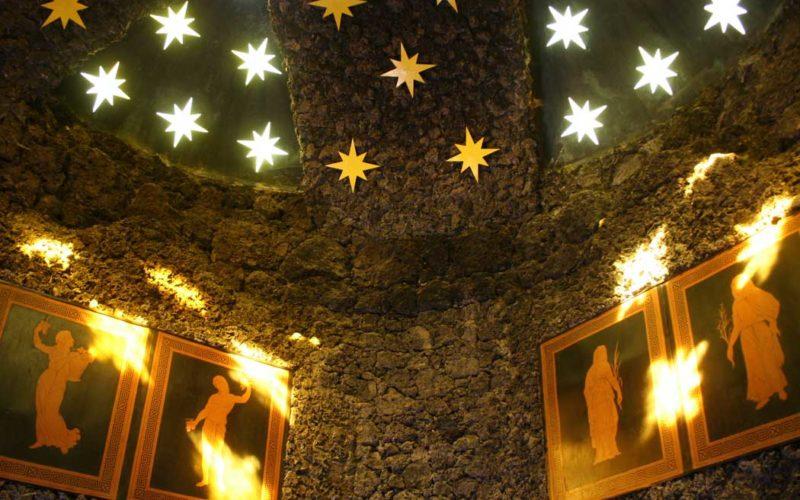 Restaurierung des Tempels der Nacht - Felseninsel Stein Wörlitzer Park