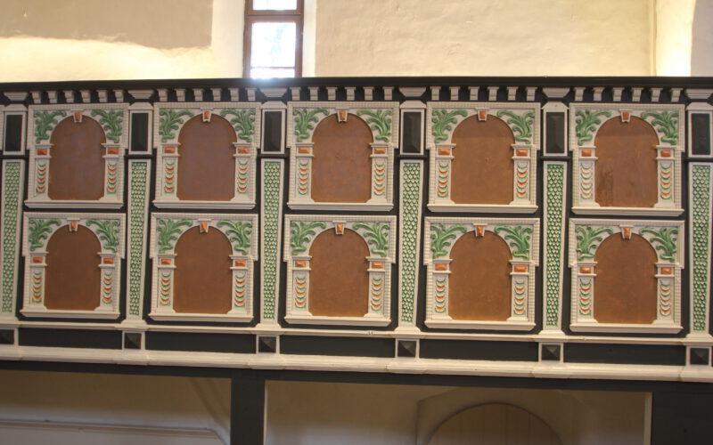Rekonstruierte Farbfassung auf der Patronatsempore im Chor