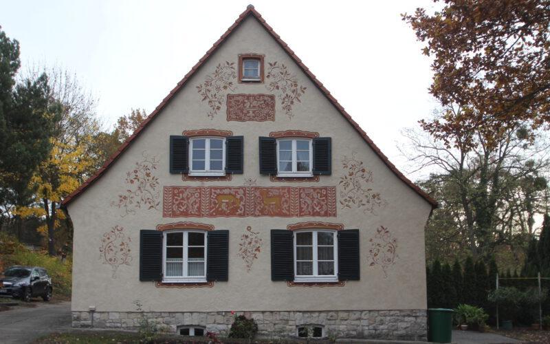 Giebelfassade Haus Nr. 10 - Ansicht nach der Restaurierung